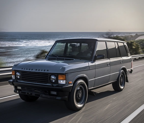 Wallpaper Old Land Rovers: Peep This Range Rover Classic